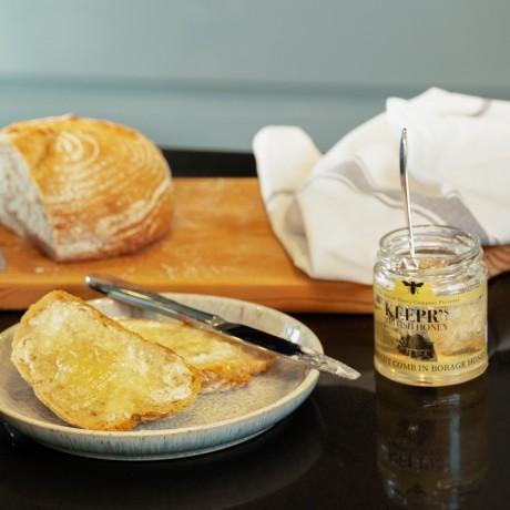 English Cut Comb in English Borage Honey - 240g