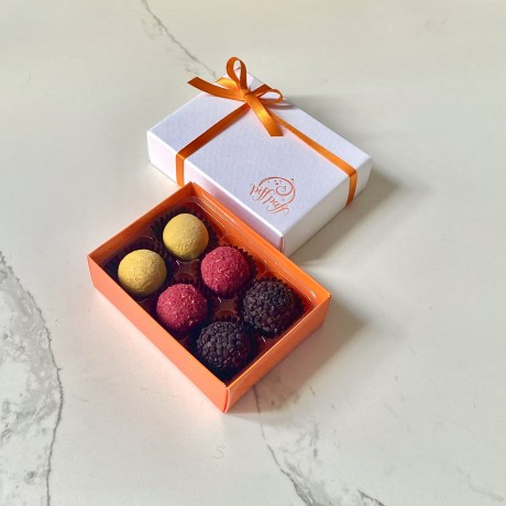 6 Brazilian Truffle Box
