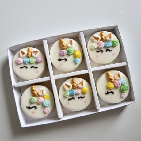 Unicorn Chocolate Covered Oreos Gift Box