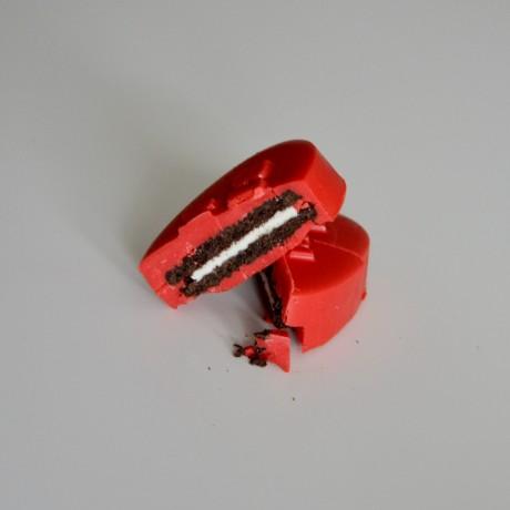 Hearts & Lips Mini Coated Oreo Favours