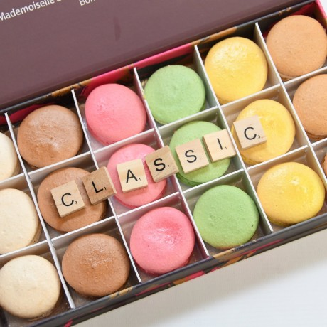 Classic Macaron Gift Box