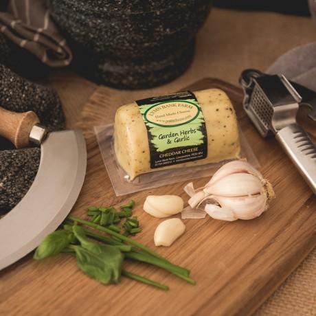 Garden Herbs & Garlic Cheddar Barrel