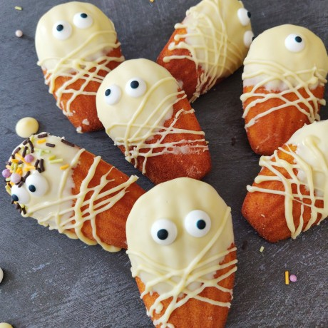 more spooky madeleines