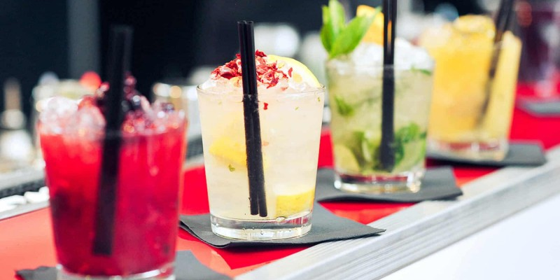 You Should Definitely Try These 5 Cocktails this Summer